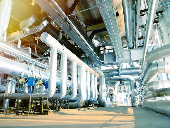 プラント工場の内観